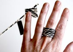 chunky zebra ring tutorial - shrink plastic