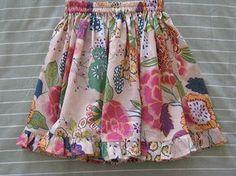 Lovely twirly skirt tutorial - and so easy Girls Skirt Patterns, Skirt Patterns Sewing, Skirt Sewing, Pattern Skirt, Coat Patterns, Blouse Patterns, Little Girl Skirts, Skirts For Kids, Toddler Skirt