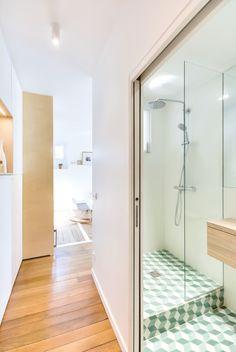 Carreaux salle de bain  30m2 Flat in Paris / Richard Guilbault