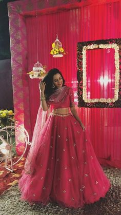 May 2020 - Glam Outfit Ideas for Indian Bridesmaids for every Ceremony Indian Wedding Gowns, Indian Bridal Outfits, Indian Gowns Dresses, Indian Designer Outfits, Designer Dresses, Indian Weddings, Lehenga Choli Designs, Indian Lehenga, Pink Lehenga
