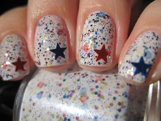 Load on the sparkle and shine | 36 Amazing DIY-Able Manicures For The 4th Of July