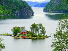 Island House, Lovrafjorden, Norway