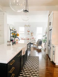 How to choose the perfect faucet for your remodel. I am sharing the @peerlessfaucet we chose and why we love them to give our vintage home a modern update. #sponsored #kitchenremodel #kitchendesign #kitchenfaucet Diy Kitchens, White Cabinets, Home Remodeling, Faucet, Kitchen Remodel, Kitchen Design, Modern, Vintage, Home Decor