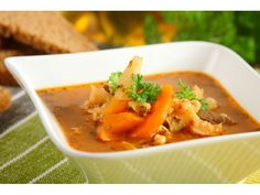 recipe_for Lengyel pacalleves Tripe Soup, Beef Tripe, Polish Recipes, Soups And Stews, Thai Red Curry, Chili, Ethnic Recipes, Food, Kitchens