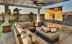 Small but awesome backyard | patio decor and design. Love the outdoor home theater idea! Love this!!