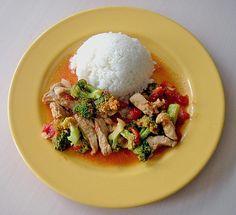 Brokkoli - Putengeschnetzeltes mit Curry, ein beliebtes Rezept aus der Kategorie Geflügel. Bewertungen: 17. Durchschnitt: Ø 3,9.
