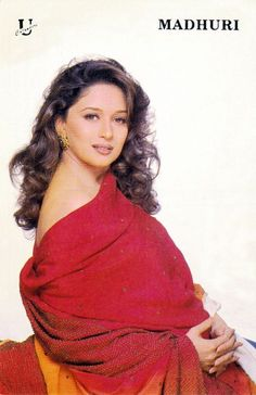#MadhuriDixit Indian Bollywood Actress, Indian Actress Hot Pics, Bollywood Girls, Indian Actresses, Beauty Full Girl, Beauty Women, Vintage Bollywood, Madhuri Dixit, Timeless Beauty