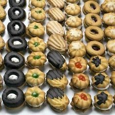 pastas de té Fun Cookies, Cupcake Cookies, Biscuits, Cookie Recipes, Dessert Recipes, Oreo, Venezuelan Food, Pan Dulce, Mini Desserts