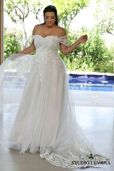 Tulle Skirt Wedding Gown