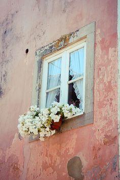 Pink window, 20x30. Lisbon fine art photography