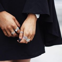 Dark outfit means lots of jewellery, like these cool ring stacks seen on Australian blogger @peachystylecom #PANDORA #PANDORAring #PANDORAstyle