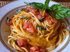 spaghetti pomodoro fresco e basilico