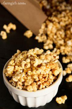 {easy!} Microwave Caramel Popcorn - www.afarmgirlsdabbles.com