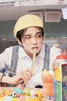 Yg Entertainment, K Idols, Good Music, Yoshi, World, Cute, Kpop, Flower Road, Twitter