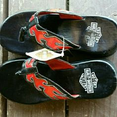 Harley Davidson Platform Flip Flops discontinued Item for Harley..some tags still on them. Harley Davidson  Shoes Sandals