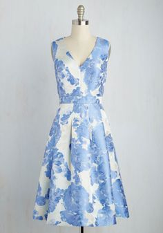 Behind the Sheens Dress. Your indie film award nomination earned you an opportunity to debut this ivory midi! #blue #modcloth