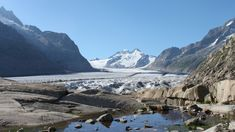 Photos du glacier d'Aletsch dans les Alpes suisses Glacier, Mount Everest, Landscape, Nature, Photos, Travel, Swiss Alps, Mountains, Cabin