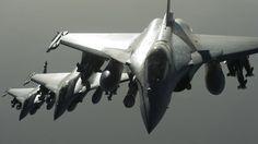 Französische Mirage greifen IS Ziele in Syrien an- Nov 2015