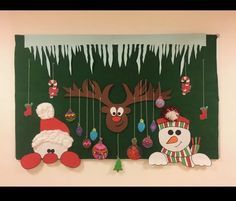 Christmas Classroom Door, Christmas Stage, Diy Felt Christmas Tree, Christmas Paper Crafts, Preschool Christmas, Christmas Decorations, Xmas, Deco Nouvel An, Santa Crafts