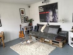 Coole DIY Couch Aus Europaletten Diy Palettenmobel Paletten Wohnzimmer