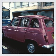 A classic! Renault 4, 1973  An on-the-go Caption by La Vitrina_Pop @2012