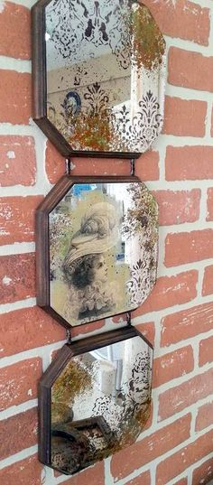 Decoupage, stenciling and looking glass spray paint Mirror Painting, Mirror Art, Diy Mirror, Distressed Mirror, Antiqued Mirror, Old Mirrors, Decoupage Vintage, Glass Art, Diy Home Decor