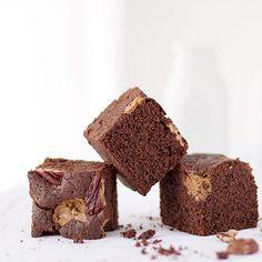 My Lovely Food : Paso a paso: Cómo hacer cake pops con la BabyCakes Pavlova, Cake Pops, Football Cookies, Margarita, Muffin, Cupcakes, Lol, Breakfast, Desserts