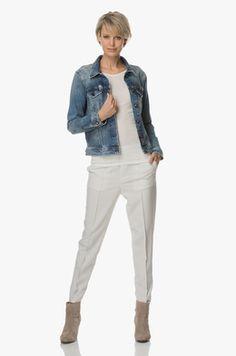 Kleding | Perfectly Basics Prepping, Vans, Style, Fashion, Fashion Styles, Van, Fashion Illustrations, Trendy Fashion, Outfits