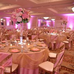 Beautiful pink and gold themed wedding at Hilton St. Louis Frontenac | Video Gate Studio | #bestbridalstl #tabelscape #HiltonFrontinacStLouis