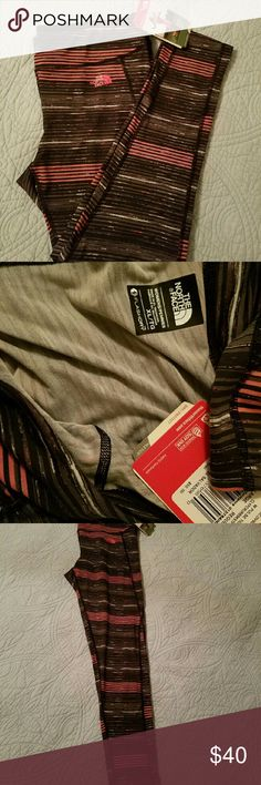 The North Face tights Nwt. Size XL. Regular. Long. FLASHDRY. Pulse tight. The North Face Pants Leggings
