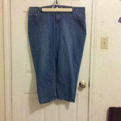 Lane Bryant Crops Denim capris Lane Bryant Jeans Ankle & Cropped