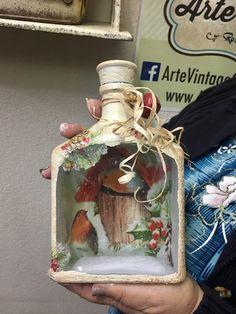 1 million+ Stunning Free Images to Use Anywhere Wine Bottle Art, Wine Bottle Crafts, Mason Jar Crafts, Christmas Decoupage, Christmas Crafts, Jar Art, Altered Bottles, Vintage Bottles, Bottle Painting