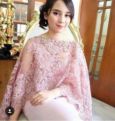 Kebaya Lace, Kebaya Brokat, Dress Brokat, Kebaya Dress, Batik Kebaya, Batik Dress, Lace Dress, Kebaya Hijab, Muslim Fashion
