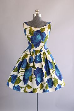 Vintage 1950s Dress / 50s Cotton Dress / Bold Blue Floral Dress w/ Pleated Skirt S