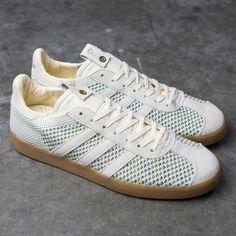 wholesale dealer 7fd9b 86477 Adidas Consortium x Sneaker Politics Men Gazelle Primeknit (white  cream  white  collegiate purple
