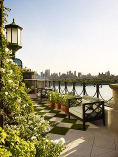 Fifth Avenue Penthouse Terrace - Projects - Sawyer | Berson