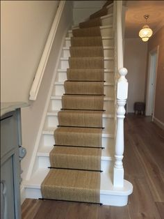 Carpet Runners For Stairways House Stairs, Carpet Stairs, Vestibule, Style At Home, Stairs Covering, Stair Paneling, Stair Makeover, Staircase Remodel, Natural Carpet