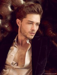 He will see you now, cause he worse than Christian Grey. Francisco Lachowski, Photography Poses For Men, Portrait Photography, Fashion Photography, Le Rosey, Cosplay Boy, Christian Grey, Male Face, Male Beauty