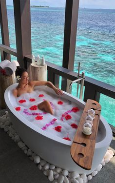 maldives honeymoon Wellness at Kudadoo Maldives Private Island Vacation Places, Honeymoon Destinations, Dream Vacations, Vacation Spots, Maldives Honeymoon, Maldives Travel, Maldives Hotels, Maldives Resort, Romantic Places