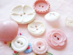 pink and white buttons