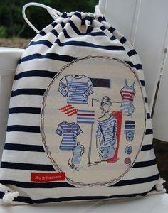 Pochette de marin Cross Stitching, Cross Stitch Embroidery, Hand Embroidery, Cross Stitch Patterns, Stitches Wow, Cross Stitch Sea, Quilted Bag, Vintage Shabby Chic, Summer Crafts