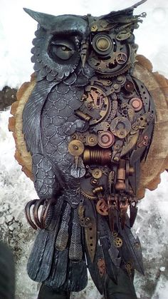 Steampunk owl steampunk bird metal sculpture steampunk The themes throughout This Requirement of Figurine appeared Steampunk Kunst, Steampunk Bird, Steampunk Animals, Steampunk Artwork, Steampunk Design, Steampunk Crafts, Metal Sculpture Artists, Bird Sculpture, Steel Sculpture