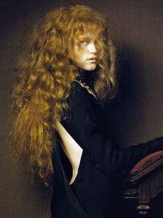 Vlada Roslyakova by Pierluigi Maco for Vogue China January 2007
