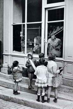 The Bakery, 1968, Henri Cartier-Bresson