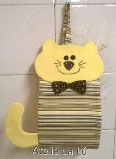Porta pspel higienico Diy Sewing Projects, Sewing Hacks, Sewing Crafts, Projects To Try, Toilet Paper Origami, Handmade Crafts, Diy And Crafts, Owl Cat, Cat Quilt
