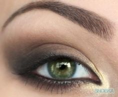 Despite having a makeup artist for a mother, I still need makeup tutorials.