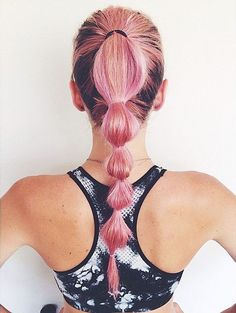 Perfect swimming hairstyles to keep your hair out of your face and look fabulous at the same time! Swimming hairstyles for both adults and little girls! Volleyball Hairstyles, Sporty Hairstyles, Workout Hairstyles, Ponytail Hairstyles, Summer Hairstyles, Cool Hairstyles, Hairstyles Pictures, Running Hairstyles, Overnight Hairstyles