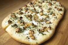 Roasted Garlic Flatbread