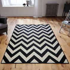 This flatwoven rug features a black and cream zig zag design which is soft to touch, anti static, easy to clean and benefits from an anti-slip backing which makes it suitable for use throughout the home.
