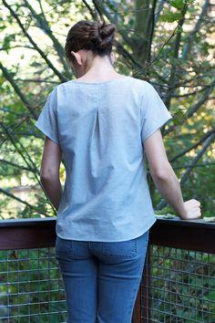 Weekend Getaway blouse, pattern by Liesl + Co.